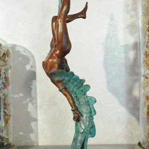 Icaro - Bronze sculpture made by Alessandro Romano